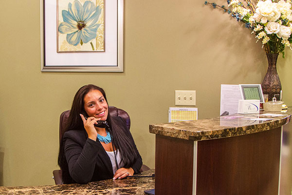 cranston-cosmetic-dentistry-front-desk
